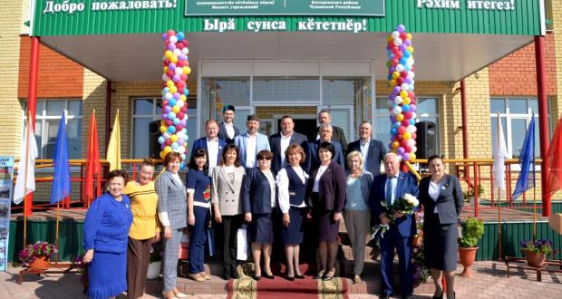 Татарско- Сугутская школа Батыревского района отмечает 100 летие со дня образования