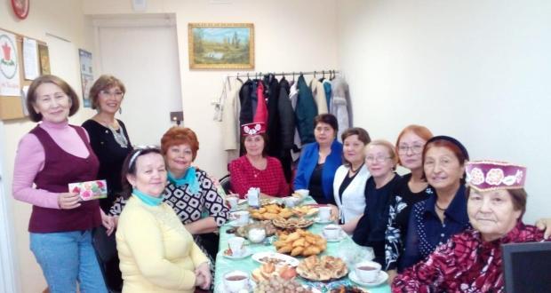 Омскида «Татарча диктант»ны Дуслык йортында һәм шәһәрнең үзәк китапханәсендә яздылар