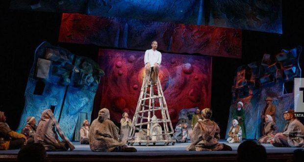 Камал театры «Хуҗа Насретдин» спектаклен соңгы тапкыр күрсәтә