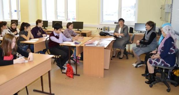 On the basis of the school in the village of Kamyshla the regional Olympiad in the Tatar language and literature will be held