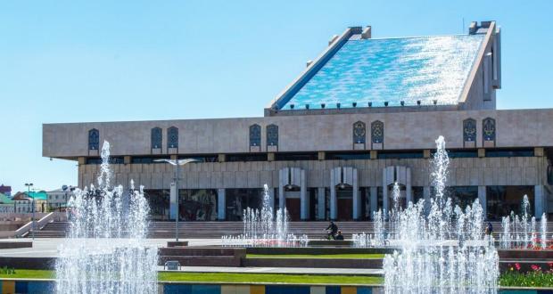 Крымско-татарский театр выступит на сцене театра Камала