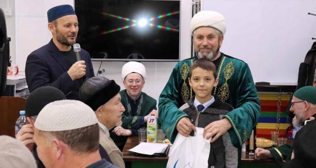 Как прошел месяц Мавлида в Татарстане? Собрали тысячи мусульман, разыграли путевку в Умру, сняли фильм