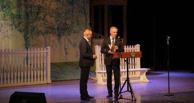 """The days of the Tatar theater in the Ulyanovsk region ended with the play """"Four Grooms of Dilyafruz"""""""