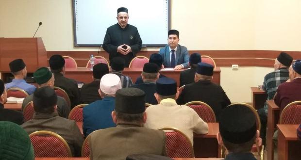 Бөтендөнья татар конгрессы Башкарма комитеты җитәкчесенең беренче урынбасары имам-хатыйблыкка укучы шәкертләр белән очрашты