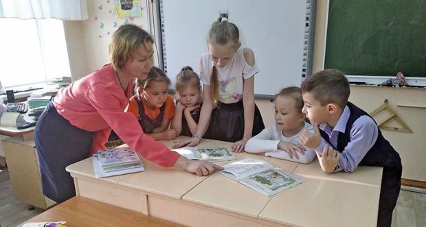Ижауның 12нче мәктәбендә татар балаларын көтәләр