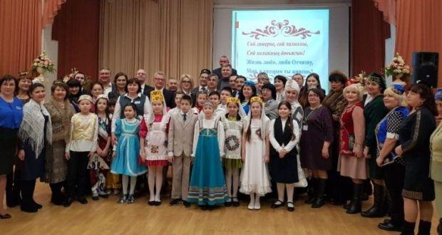 Фавия Сафиуллина приняла участие в заседании актива татарских общественных организаций Уральского федерального округа