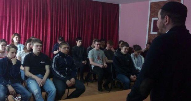 Для студентов Ярковских учебных заведений  Тюменской области состоялась открытая лекция об основах ислама