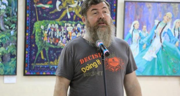 Татарстан Дуслык йортында ТАССРның 100-еллыгына багышланган күргәзмә ачылды