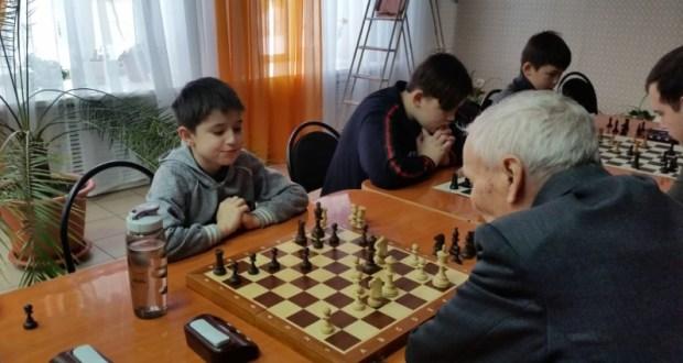 Аксубайның яшь шахматчысы Татарстанның онлайн-турнирында көмеш медаль яулады