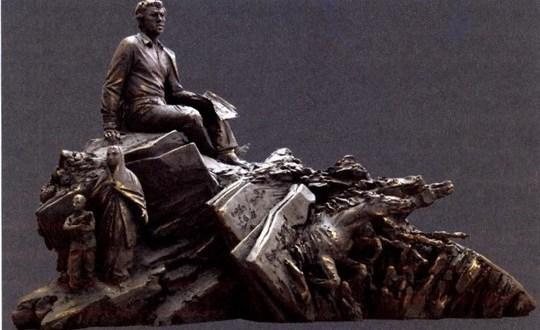 Стало известно, как будет выглядеть памятник Мустаю Кариму в Казани