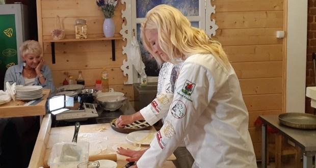Д.Санникова: «Главная особенность татарской кухни – это сохранение и передача рецептов из поколения в поколение»