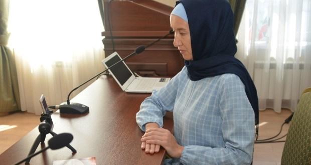 "Нәзарәт ""Болгар мәдәниятләр диалогы. Волонтёрлык хәрәкәте: Россия һәм ислам дөньясы илләре тәҗрибәсе"" видеоконференциясендә катнашты"
