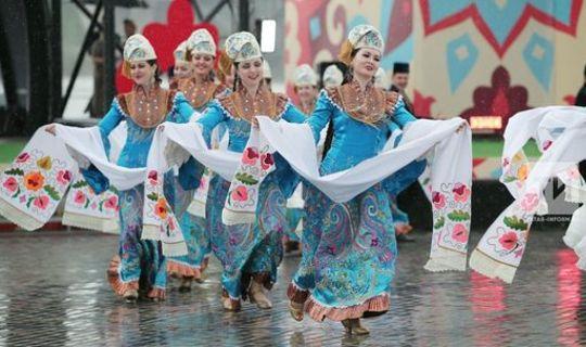 «Татарстан — кыйблабыз»: чит төбәк татарлары Рөстәм Миңнехановка терәк булырга әзер