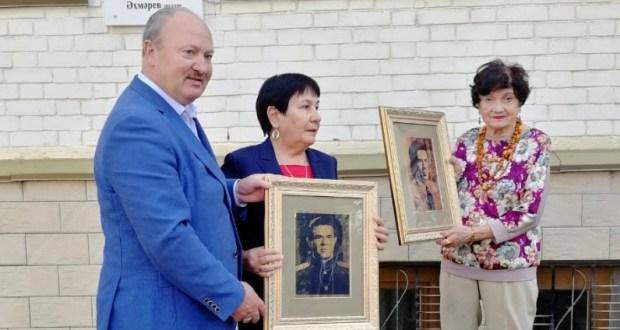 Равиль Ахметшин передал в фонд Музея национальной культуры портреты Исхака Ахмерова