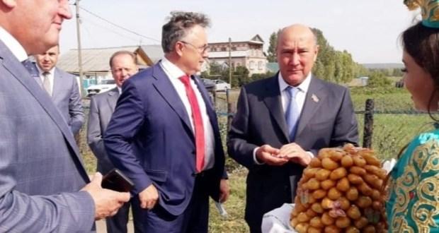 Зәйдә татар телен саклау һәм үстерү мәсьәләләре буенча комиссиянең күчмә утырышы узды