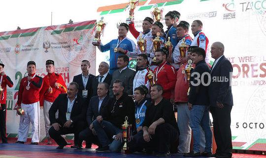 Казанда көрәш буенча Дөнья чемпионаты узды: җиңүчеләр билгеле