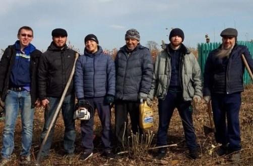 Массовую уборку сельских мечетей провели мусульмане в селе Белозерье Мордовии
