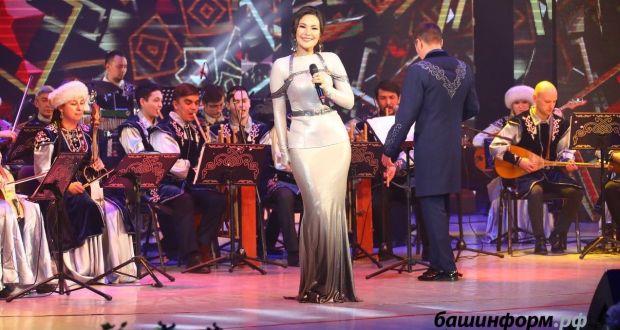 В Уфе состоялся гала-концерт фестиваля-конкурса башкирской и татарской песни «Идель»
