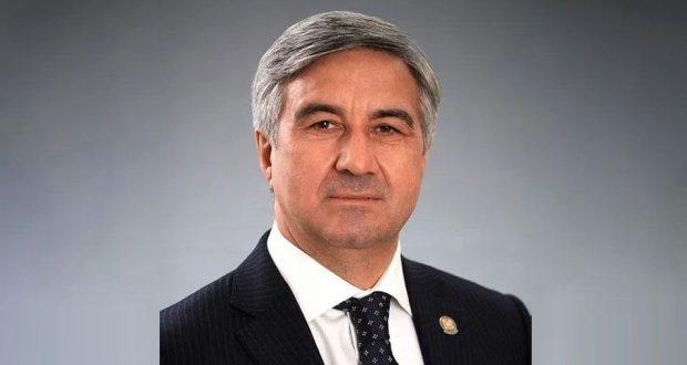 Васил Шәйхразыев эшлекле сәфәр белән Санкт-Петербург шәһәренә китте