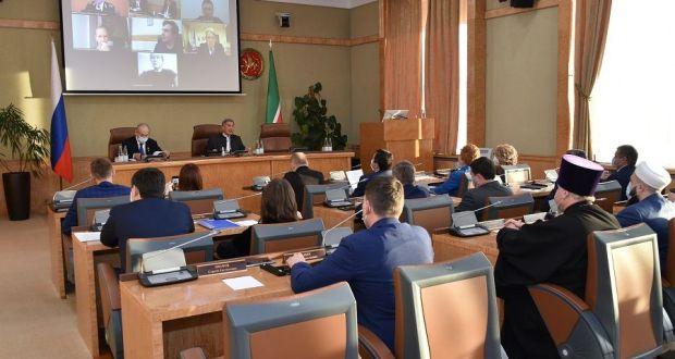 Муфтий РТ принял участие в совещании по проведению в Казани в 2022 году 45-й сессии Комитета всемирного наследия ЮНЕСКО