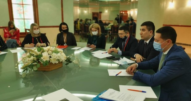 Danis Shakirov took part in a meeting on preparations for the XXI Federal Sabantuy in 2021