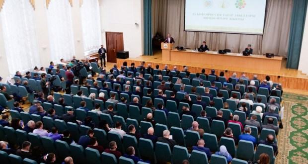 ФОТОРЕПОРТАЖ: В Казани стартовал IX Всероссийский сход предпринимателей из татарских сел