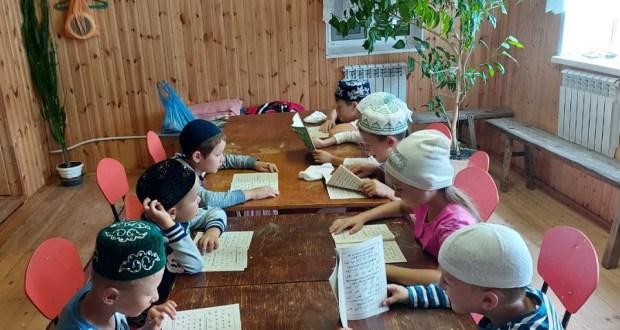 В мухтасибатах продолжают свою работу духовно-оздоровительные центры для детей