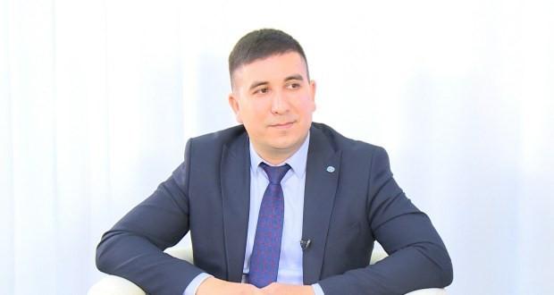 Данис Шакиров эшлекле сәфәр белән Үзбәкстан Республикасына бара