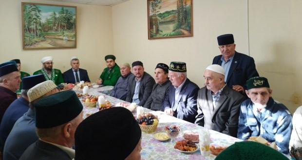 Ульяновскиның Ислам мәдәният үзәгендә корбан мәҗлесе узды