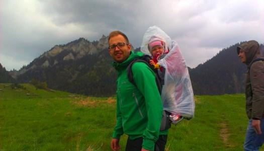 Jak wybrać się z dzieckiem w góry. Poradnik dla aktywnych rodziców