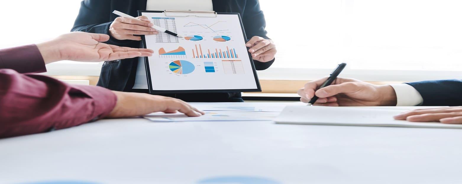 Analytics team analysis of data for business success