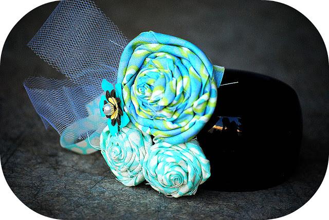 An Inexpensive, Feminine Gift Idea to make this Holiday Season!