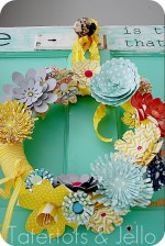 Make a Spring Paper Wreath (tutorial)