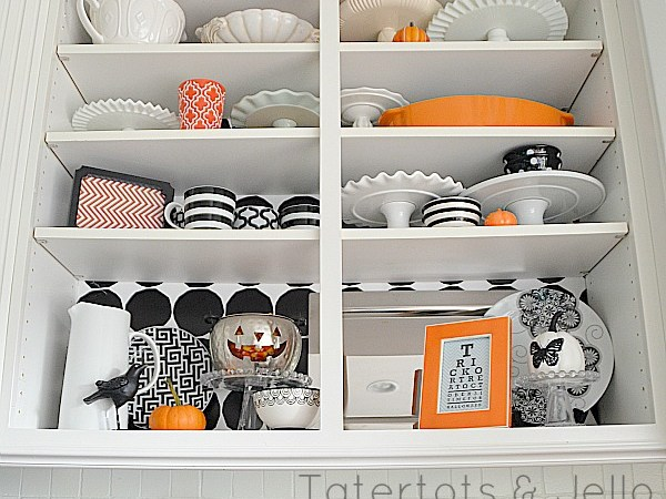 Halloween Kitchen Display – And Printables!!