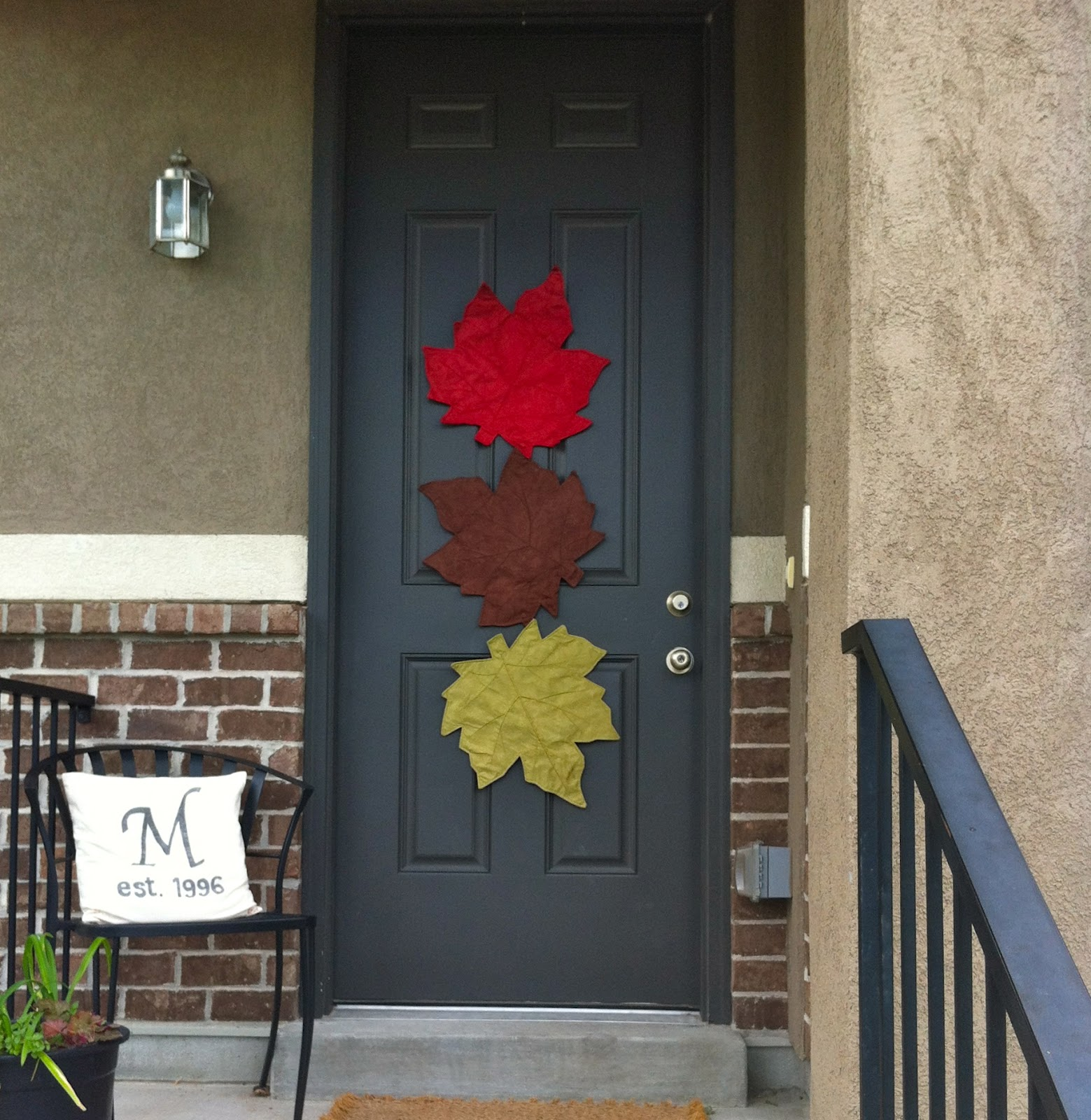 Fall Door Decor: 21 Fall Door Decor Projects