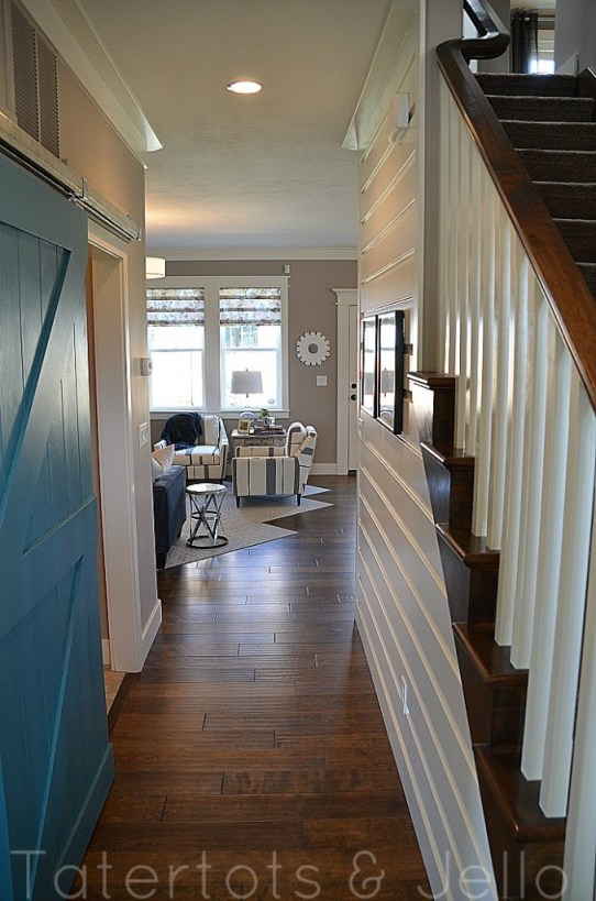 blogger-house-entrance-678x1024