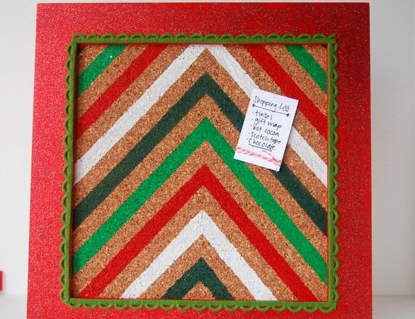 HAPPY Holidays — Chevron Christmas Memo Board