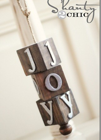 HAPPY Holidays — DIY Wooden Block Ornament