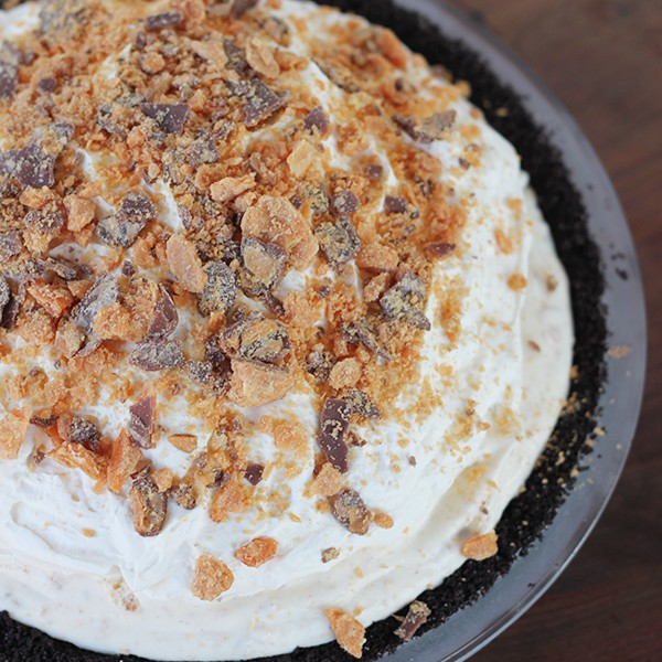 Butterfinger-Pie-2-600x600[1]