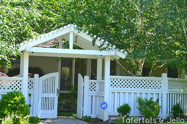 trellis and gate idea at tatertots and jello
