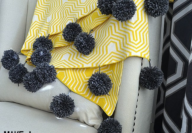How to Make Yarn Pom Poms and a Giant Pom Pom Throw!