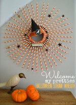 Welcome My Pretties: Halloween Straw Wreath and Halloween Plate Wall!