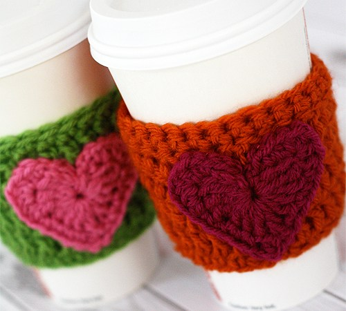 HAPPY Holidays: Handmade Gift Idea: Crochet Heart Coffee Cozy!