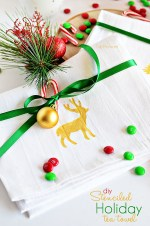 Happy Holidays: DIY Stenciled Holiday Tea Towel