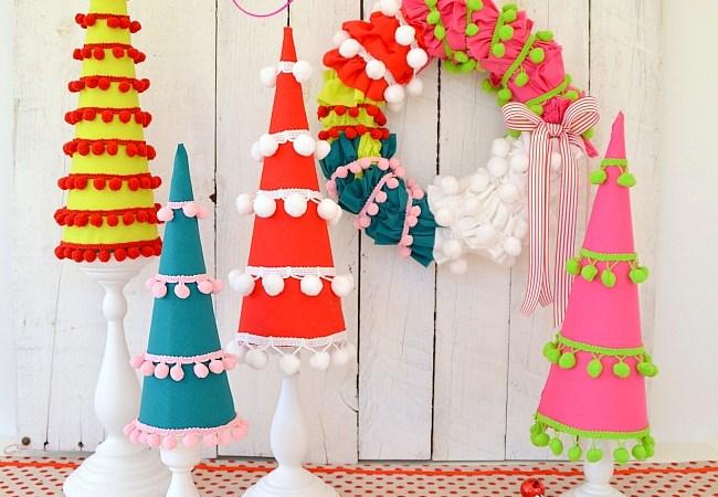Make Holiday Pom Pom Trees! #HolidayIdeaExchange