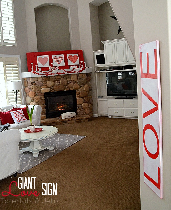 Make a GIANT sign to decorate for summer or ANY holiday! It's a quick project that is impressive in size and inexpensive to make!