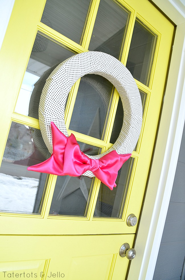 valentine bow satin wreath tutorial at tatertots and jello