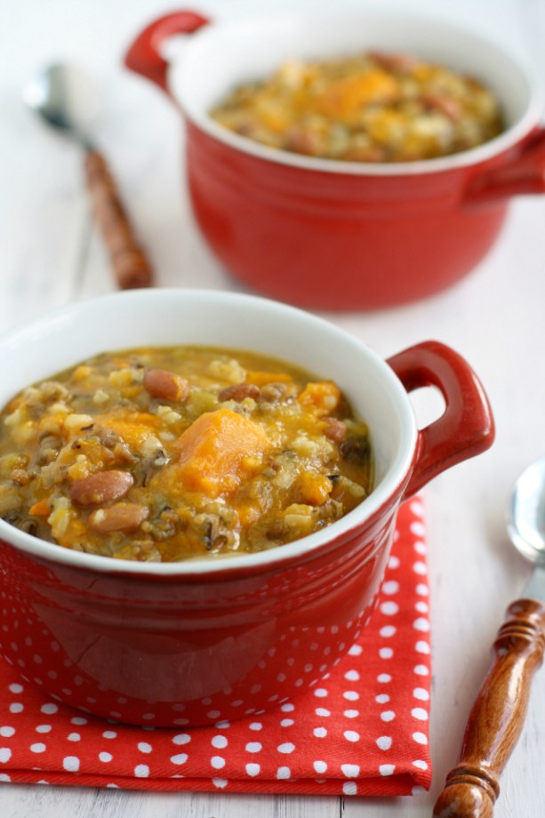 Sweet-potato-bean-and-wild-rice-slow-cooker-soup.