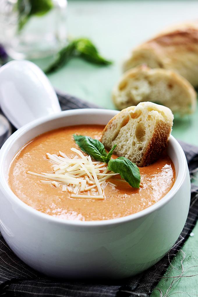 slow-cooker-tomato-basil-parmesan-soup-3