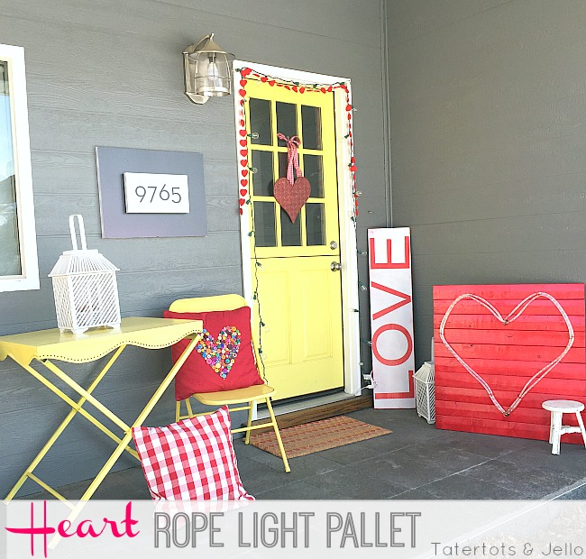 Easy Valentine's Day Pallet Rope Light Heart!